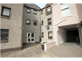 13 Wellhead Court, Lanark, ML11 7DY