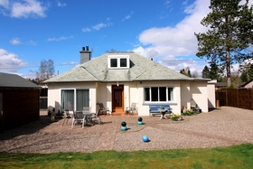 Holmwood, Golf Course Road, Blairgowrie, PH10 6LJ