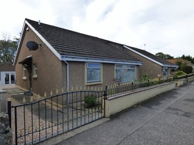 3 Bedroom Semidetached Bungalow, 37bwest Main Street, Uphall, EH52 5DN