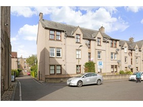 6e, Watt's Close, Musselburgh, EH21 6AW