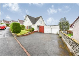 St Andrews Drive, Bridge of Weir, PA11 3HT