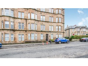 Mearns Road, Clarkston, G76 7ER