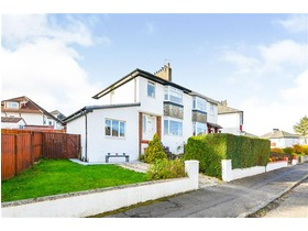 Woodbank Crescent, Clarkston, G76 7DS