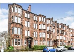 Kennyhill Square, Dennistoun, G31 3LW