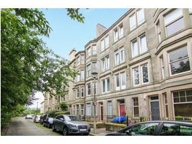 Connaught Place, Trinity (Edinburgh North), EH6 4QT