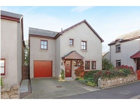 6 Old Farm Court, Pencaitland, EH34 5HL