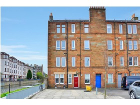 39/10 Gibson Terrace, Fountainbridge, EH11 1AS