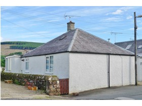 Murray Place, Lamlash, KA27 8NH