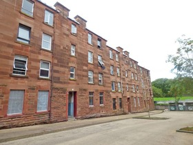 Clune Park Street, Port Glasgow, PA14 5RE