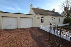 Meadowfoot Road, West Kilbride, KA23 9BX