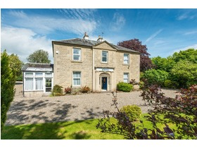 Glendevon House, Old Gallows Road, Perth, PH1 1QE