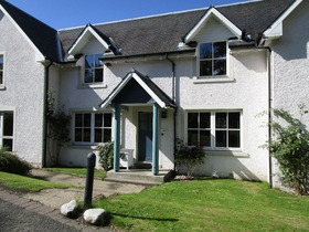 L204 The Courtyard, Duchally Country Estate, Auchterarder, PH3 1PN
