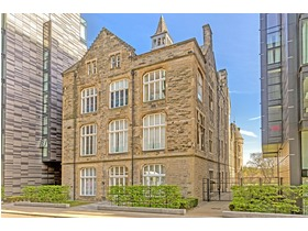 22/16 Simpson Loan, Quartermile, EH3 9GD