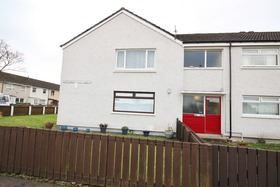 East Barrmoss Avenue, Port Glasgow, PA14 6HX