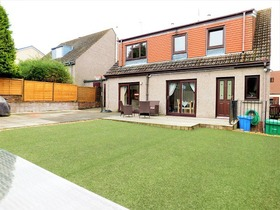 Canmore Grove, Dunfermline, KY12 0JT