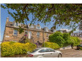 Waverley Place, Abbeyhill, EH7 5SA