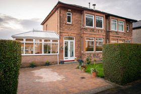Stirling Avenue, Bearsden, G61 1PF