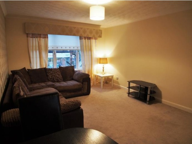 2 bedroom flat for rent, Main Street, Bridgeton, Glasgow ...