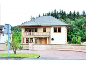 Ayr Road, Whitecraigs, G46 6SB