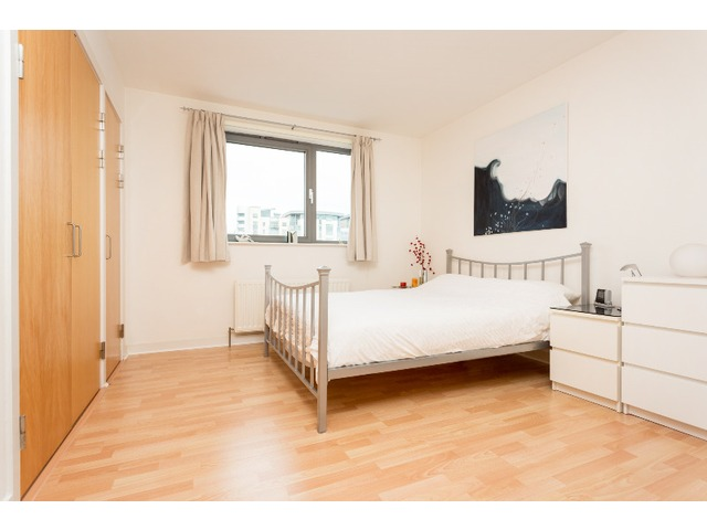 3 bedroom flat for rent, Western Harbour Terrace, Leith ...