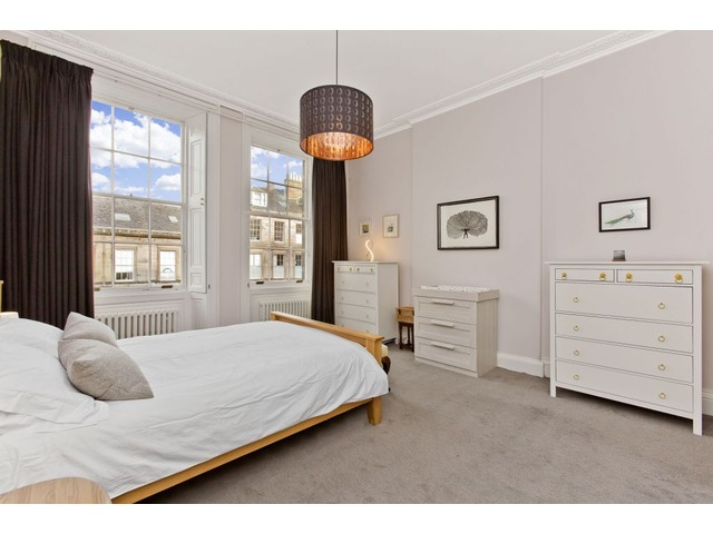 3 bedroom flat for sale, 15/1 Hart Street, New Town ...