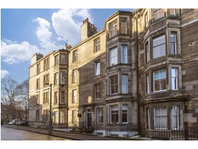 10/7 Leslie Place, Stockbridge, EH4 1NH