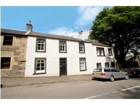 Polnoon Street, Eaglesham, G76 0BB