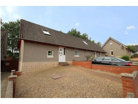Muirfield Place, Kilwinning, KA13 6NZ