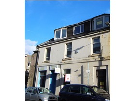 Top Flat, 19 Bath Street, Largs, KA30 8BL