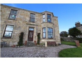 4 Bute Terrace, Millport, KA28 0BD