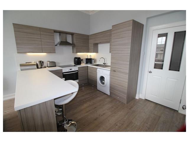 1 Bedroom Flat For Sale High Street Kirkcaldy Fife Ky1 2sg 55000