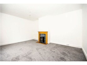 Wedderburn Crescent, Dunfermline, KY11 4SF
