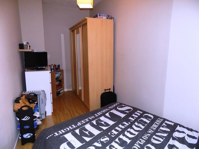 1 bedroom flat for sale king street stenhousemuir for Schedule j bedroom description