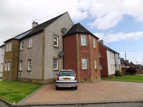 Elphinstone Crescent, Airth, FK2 8JX