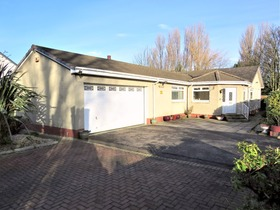 Abbotsinch Road, Grangemouth, FK3 9UX