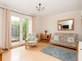 120 Broomfield Crescent Corstorphine, Eh12 7nf, Corstorphine, EH12 7NF