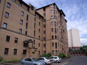 Flat 8, 4 Parsonage Square, Merchant City, G4 0TH