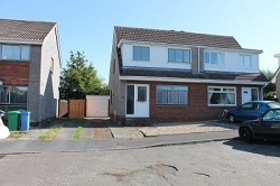 Cairnwell Place, Cairneyhill, KY12 8XE