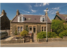 Roslin Cottage, 36 March Street, Peebles, EH45 8EP