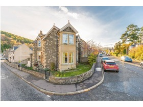 Abbotsneuk, March Street, Peebles, EH45 8EP