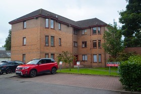 Flat 8 Kings Court, Main Street, Stenhousemuir, FK5 3JR