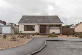 Lammermoore Drive , Greenfaulds, G67 4BE