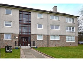 Buchanan Drive, Newton Mearns, G77 6HT