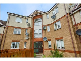 Goldpark Place, Livingston, EH54 6LW