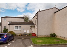 Bughtlin Place, East Craigs, EH12 8UY