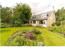Cowieslinn Farmhouse, Eddleston, Peebles, EH45 8QZ