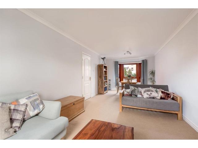 2 bedroom flat for sale, West Powburn, Newington ...