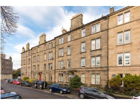 Murieston Crescent, Dalry, EH11 2LL