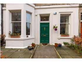 Brunton Terrace, Hillside, EH7 5EQ