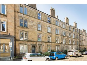 6 pf4 Downfield Place, Dalry, EH11 2EW